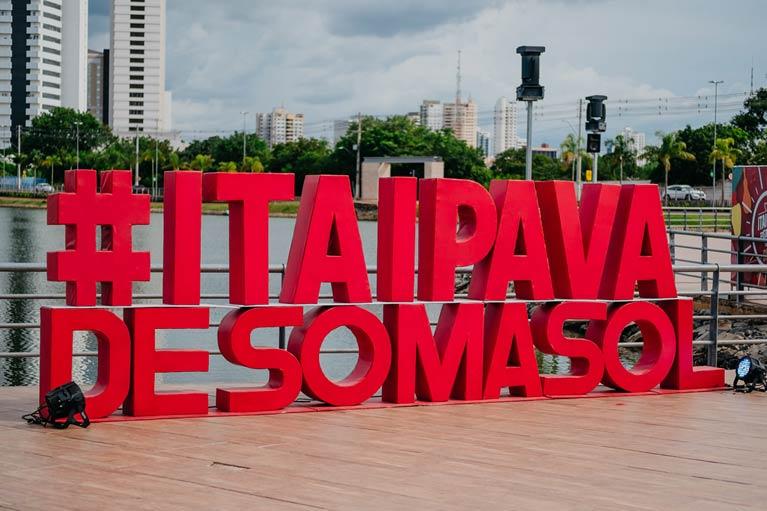 """""""Itaipava de Som a Sol"""" encerra sua programação em Cuiabá com show da banda Blood Mary"""